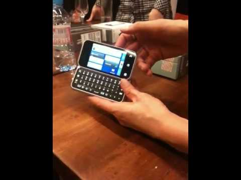 Motorola Backflip presentation