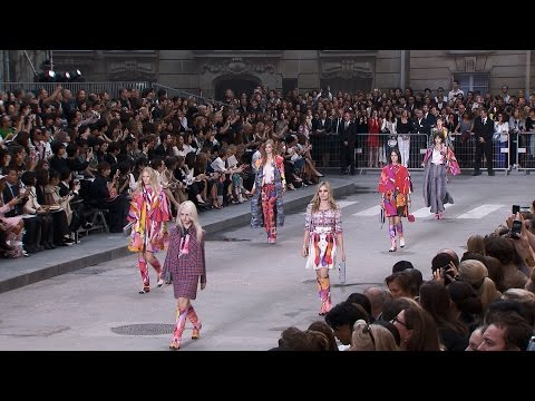 Spring-Summer 2015 Ready-to-Wear CHANEL Show
