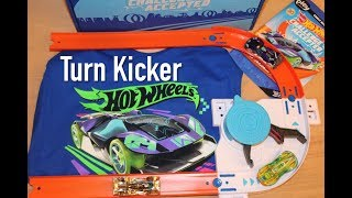 Hot Wheels Track Builder Turn Kicker & Cyber Speeder (Subscription Box from Pley)
