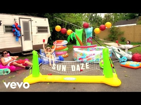 Florida Georgia Line - Sun Daze (Lyric Video)