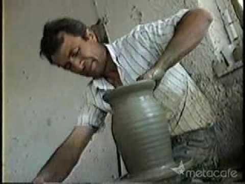 Amazing Greek Potter - 2 Minute Vase!
