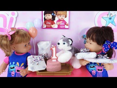 Ani y Ona celebran el NO CUMPLEAÑOS de su perrita Pelusa