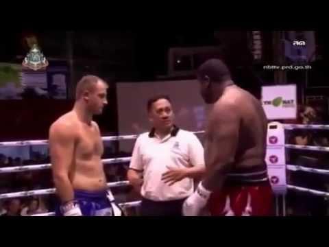 Riddick Bowe Vs Levgen Golovin (Muay Thai)