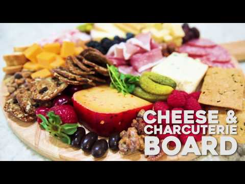 Hot To Build A Cheese And Charcuterie Board
