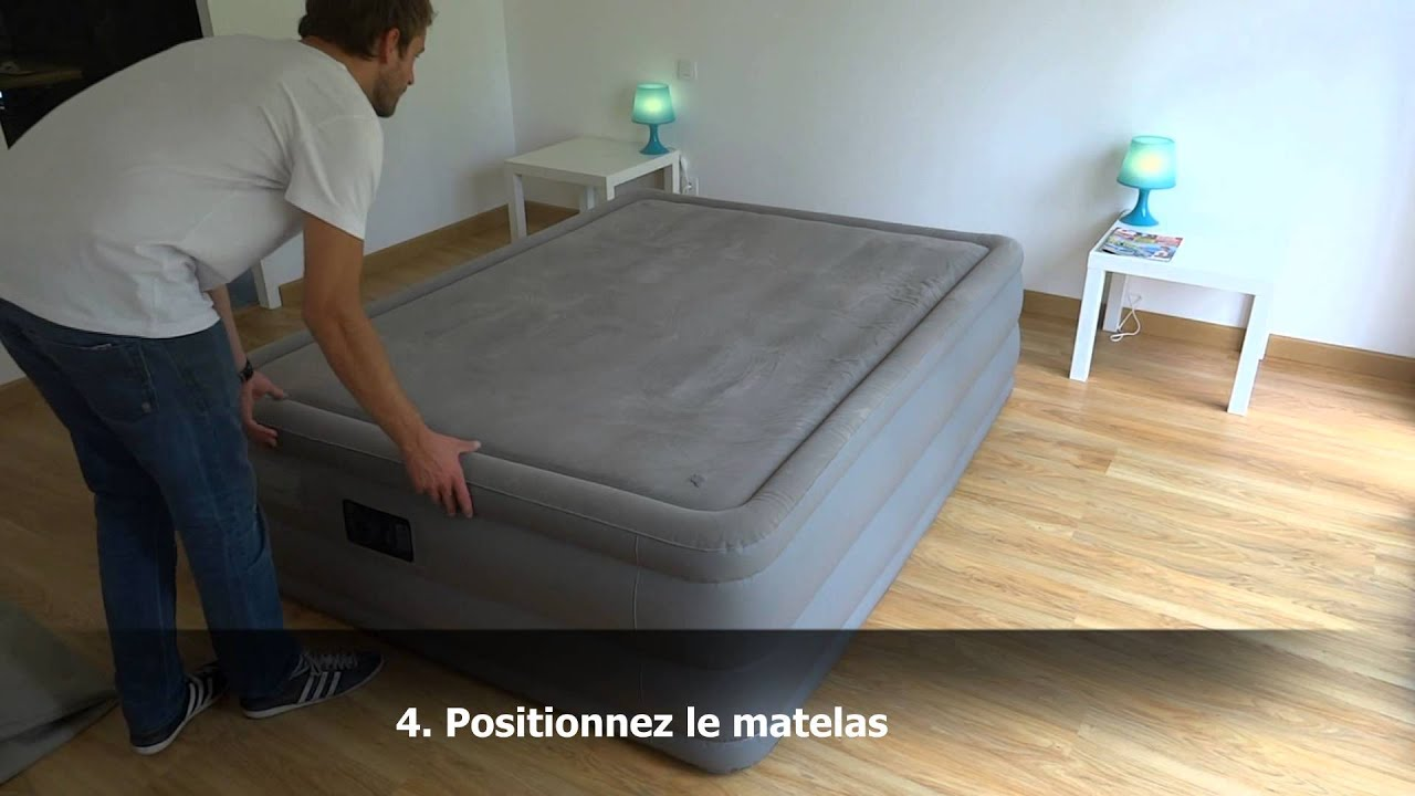 matelas gonflable intex foam top deluxe 67954 youtube. Black Bedroom Furniture Sets. Home Design Ideas