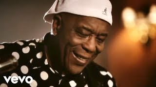 Buddy Guy - Stay Around A Little Longer ft. B.B. King