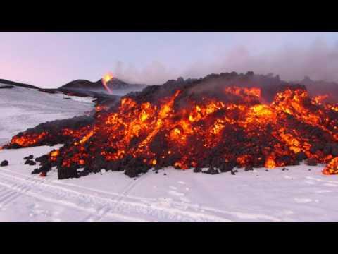 Vulcano Etna eruzione 28 febbraio 2017. Il fronte lavico.
