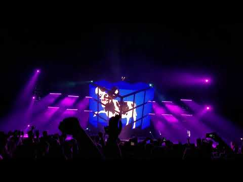 Deadmau5 ghost n stuff live October 13 2017 bell center montreal