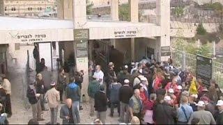 La Explanada de las Mezquitas vuelve a ser el epicentro de enfrentamientos entre palestinos y…