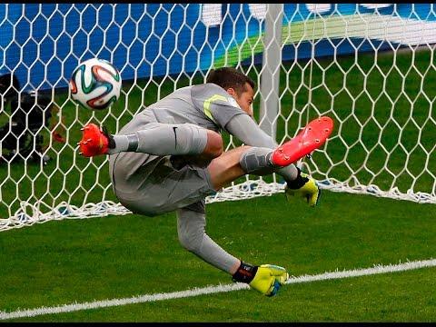 Os Frangos e Erros Mais Engraçados de Goleiros - Futebol