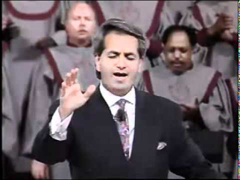 Benny Hinn sings worship songs