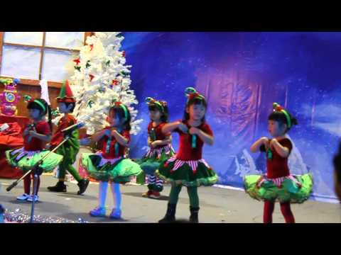 Santa Can You Hear Me - SISB Bangkok N2 Peace Performs