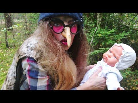 БАБА ЯГА нашла малыша в лесу! СЕРИЯ 10.