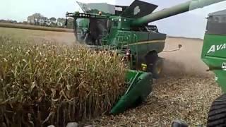 S680 John Deere combine in irrigated corn