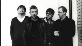 "Blur - ""Popscene"" and ""Song 2"" Live at Peel Acres"