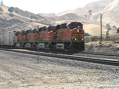 Two BNSF Trains Meet At Caliente, CA / Loads Of GEVO's And DASH9's!