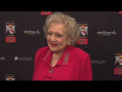 Stars, Including Katie Couric, Sing Happy 95th Birthday To Betty White
