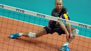 видео Волейбол: техника и тактика игры в защите (позиционные действия)