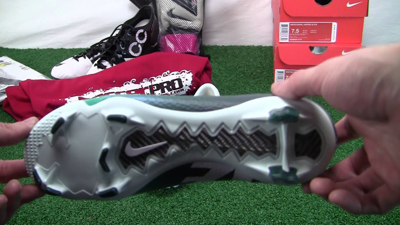 Nike Womens Mercurial Veloce FG Soccer Cleats Video Review - SoccerPro.com  - YouTube