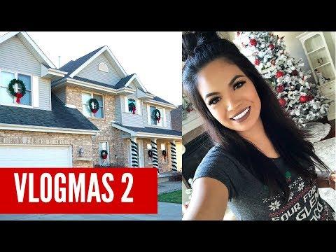 VLOGMAS 2: Outdoor Christmas Decor | BelindasLife