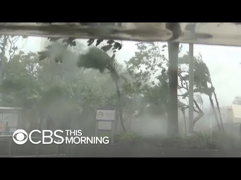 Fierce Typhoon Mangkhut tears through Hong Kong