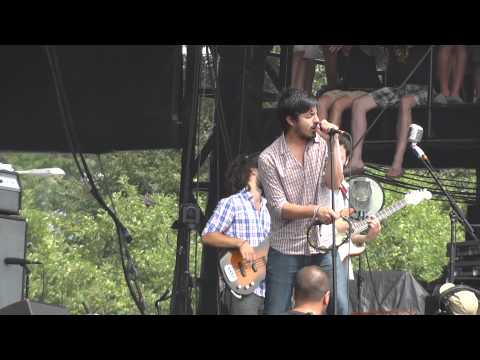 Young The Giant - I Got (Live @ Lollapalooza 2011)