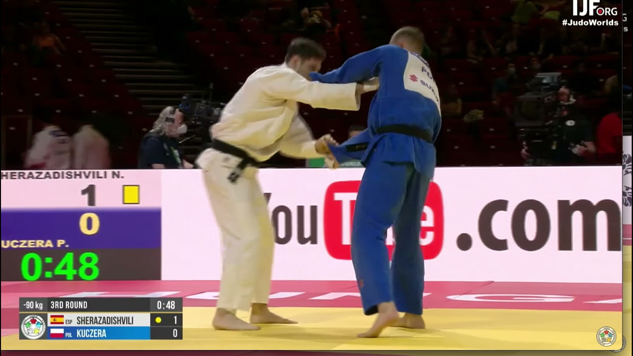 Sherazadishvili - Is this grip illegal?
