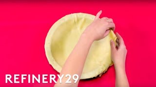 How To Shape A Pie Crust Thumbnail
