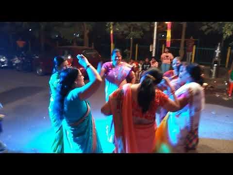 Kaan Me Double Jhumka - Mahila Sangeet Airoli