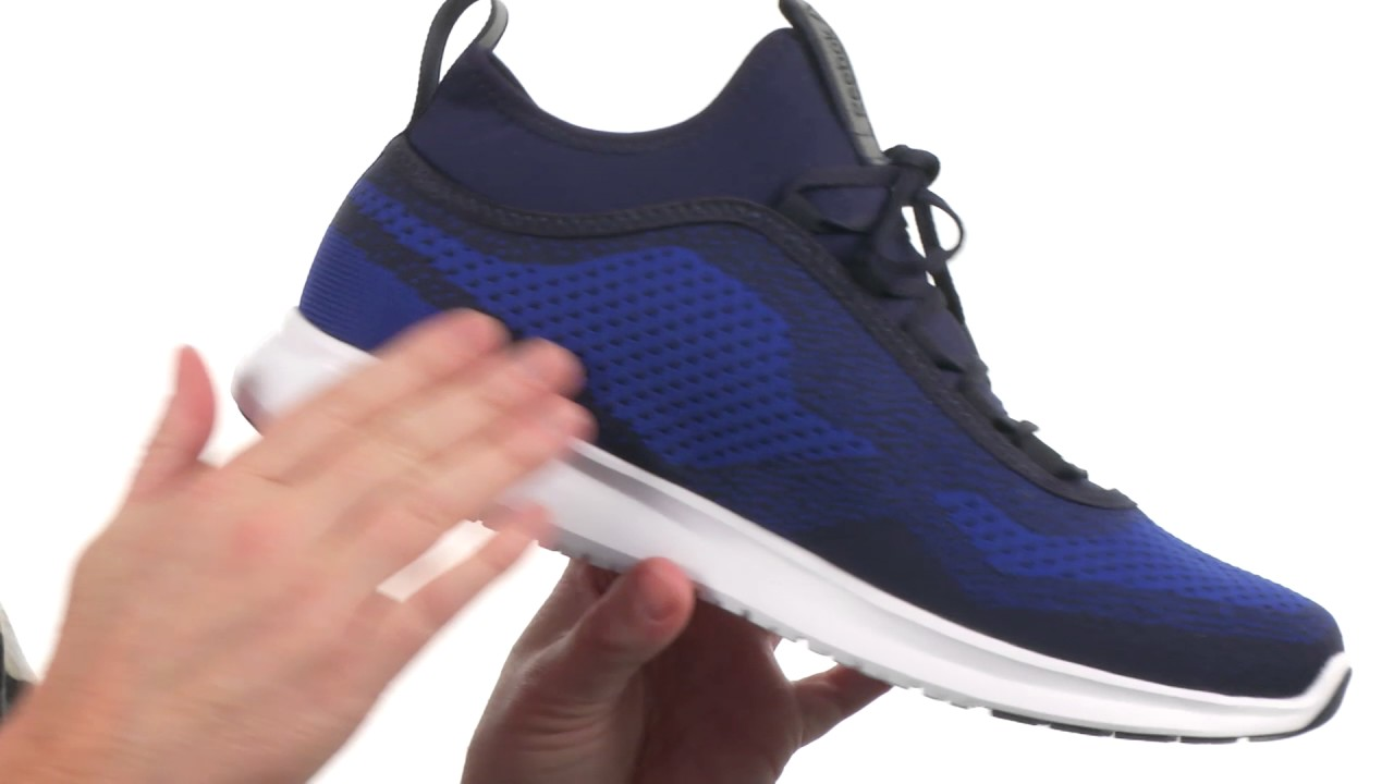 Reebok - Plus Runner ULTK SKU 8864974 - YouTube 4fa97195a
