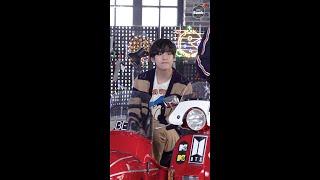 [BANGTAN BOMB] 'Telepathy' Stage CAM (V focus) @ MTV Unplugged - BTS (방탄소년단)