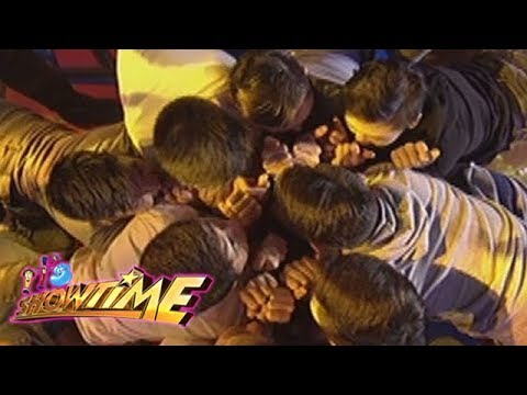 It's Showtime Cash-Ya: Team Showtime challenges Team Mr. China Town