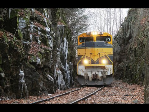 Vermont Railway SD70s through the Green Mountains