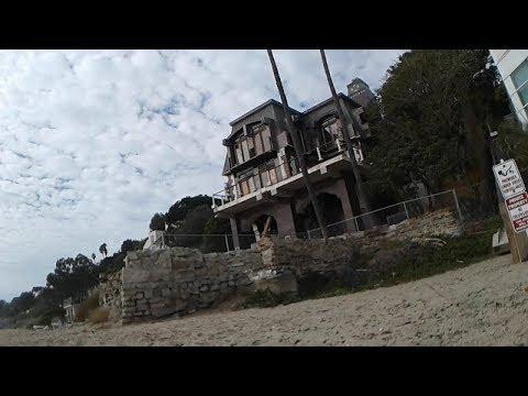 Malibu beach house has seen too many visitors - Abandoned