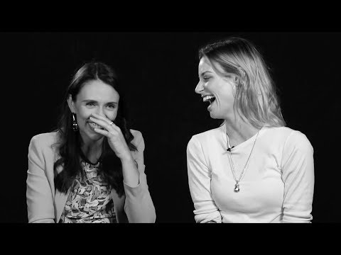 Prime Minister Jacinda Ardern and Gin Wigmore | Sitting Room Only