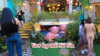Quán cafe đẹp lung linh như Lâu đài check in sống ảo Noel 2019 cực sang chảnh ở Sài Gòn