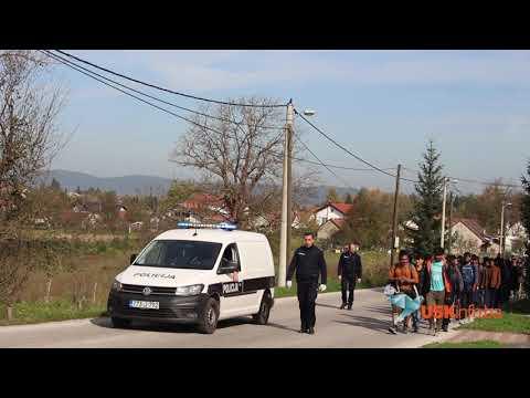 Police takes immigrants in camp Vučjak near Bihać