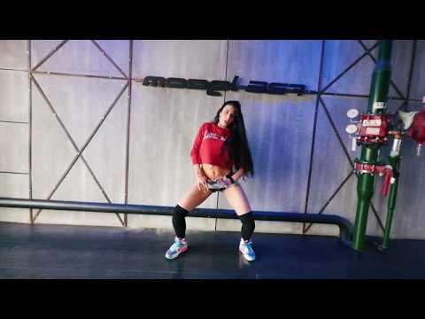 M357 DAILY: Brazil Funk - Daniela