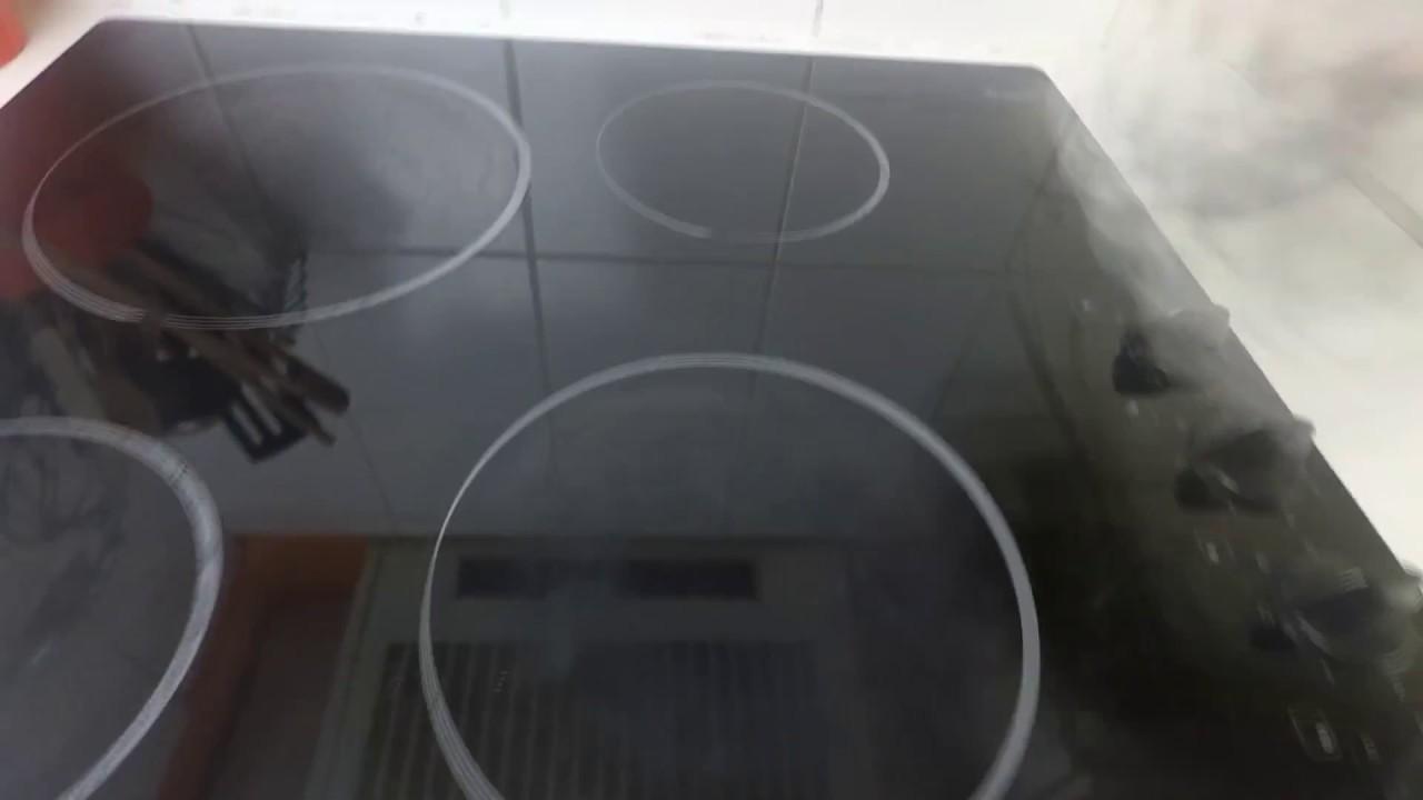 Produit Pour Nettoyer Vitroceramique nettoyez sans produits chimiques : plaques vitrocéramiques