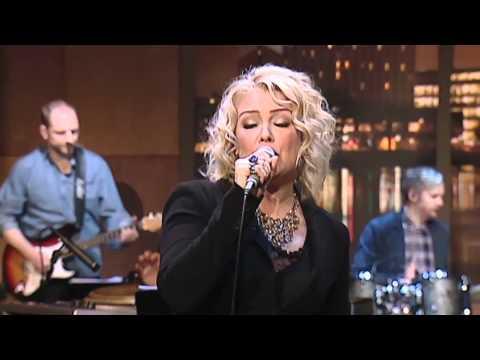 Kim Wilde - Sleeping Satellite (Live)