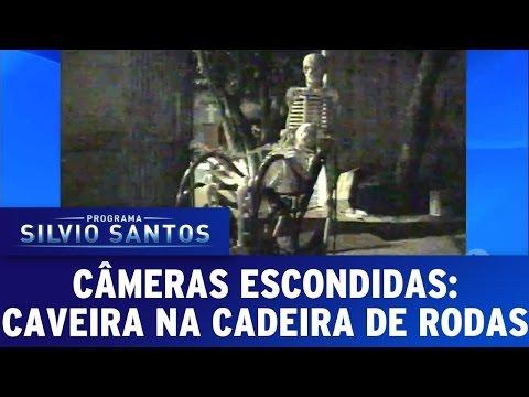 Câmera Escondida (16/10/16) - Caveira na Cadeira de Rodas [Clássica]