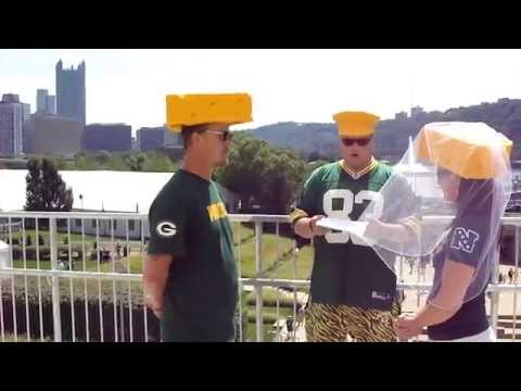 green bay packer fans tie the knot at heinz field in