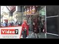 """بالفيديو .. مواطنون غاضبون من أوكازيون شتاء 2017: """"مولع و الأسعار نار"""""""