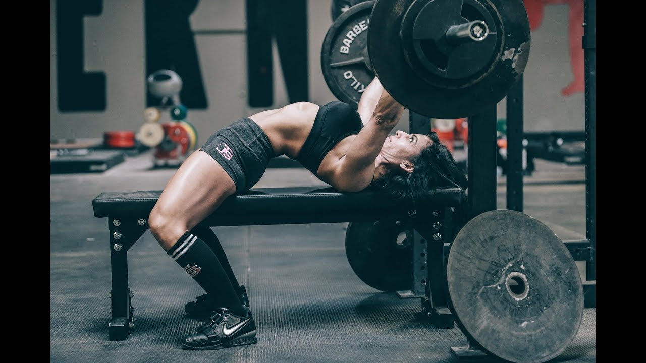 Breaking Down the Competition Bench Press (With Example Program) - BarBend