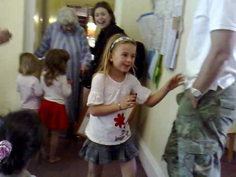 Kids Visit Old Age Home - YouTube