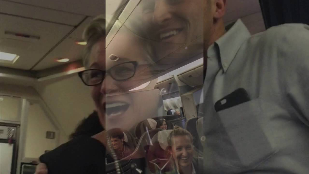 The Startling Things United Airlines Flight Attendants Aren't Allowed to Say to Passengers