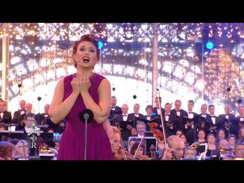 """Olga Peretyatko - La Fille du Régiment: """"Salut à la France"""" - Le Concert de Paris 2014"""