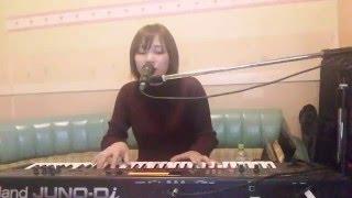 栞菜智世さんの1st メジャーシングル、「Hear〜信じ合えた証〜」を弾き...