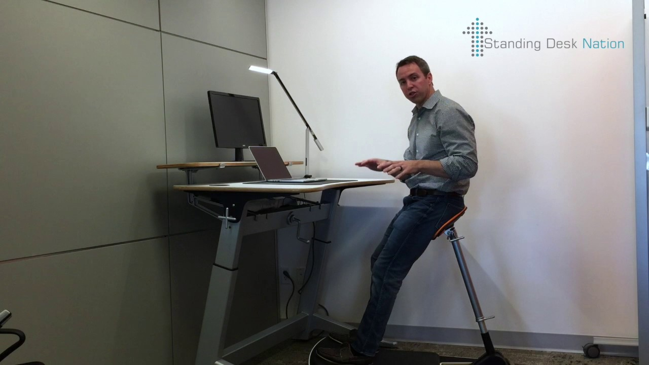 Focal Upright Locus Desk Standing Nation