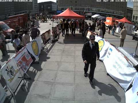 3. Berliner Firefighter Stairrun 2013 Webcam Start 6